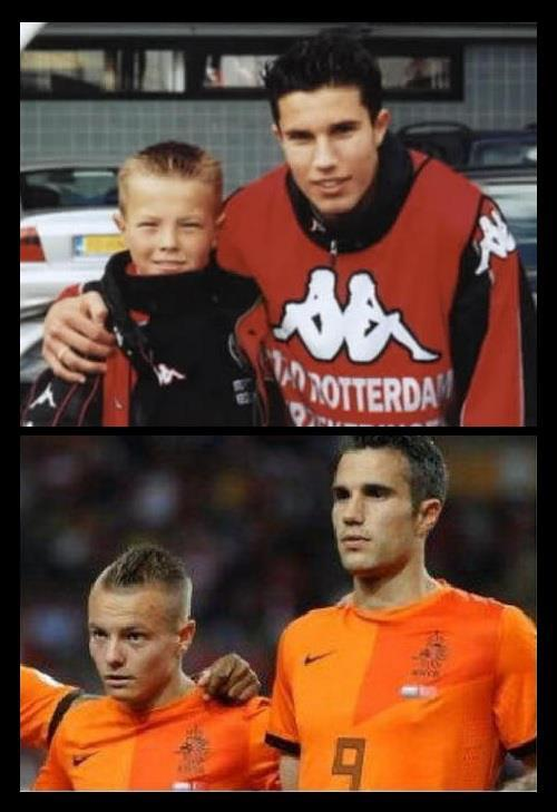 BGJd7 xCYAADpYD Awesome pics: Robin van Persie poses with Jordy Clasie & Tonny Vilhena when they were kids