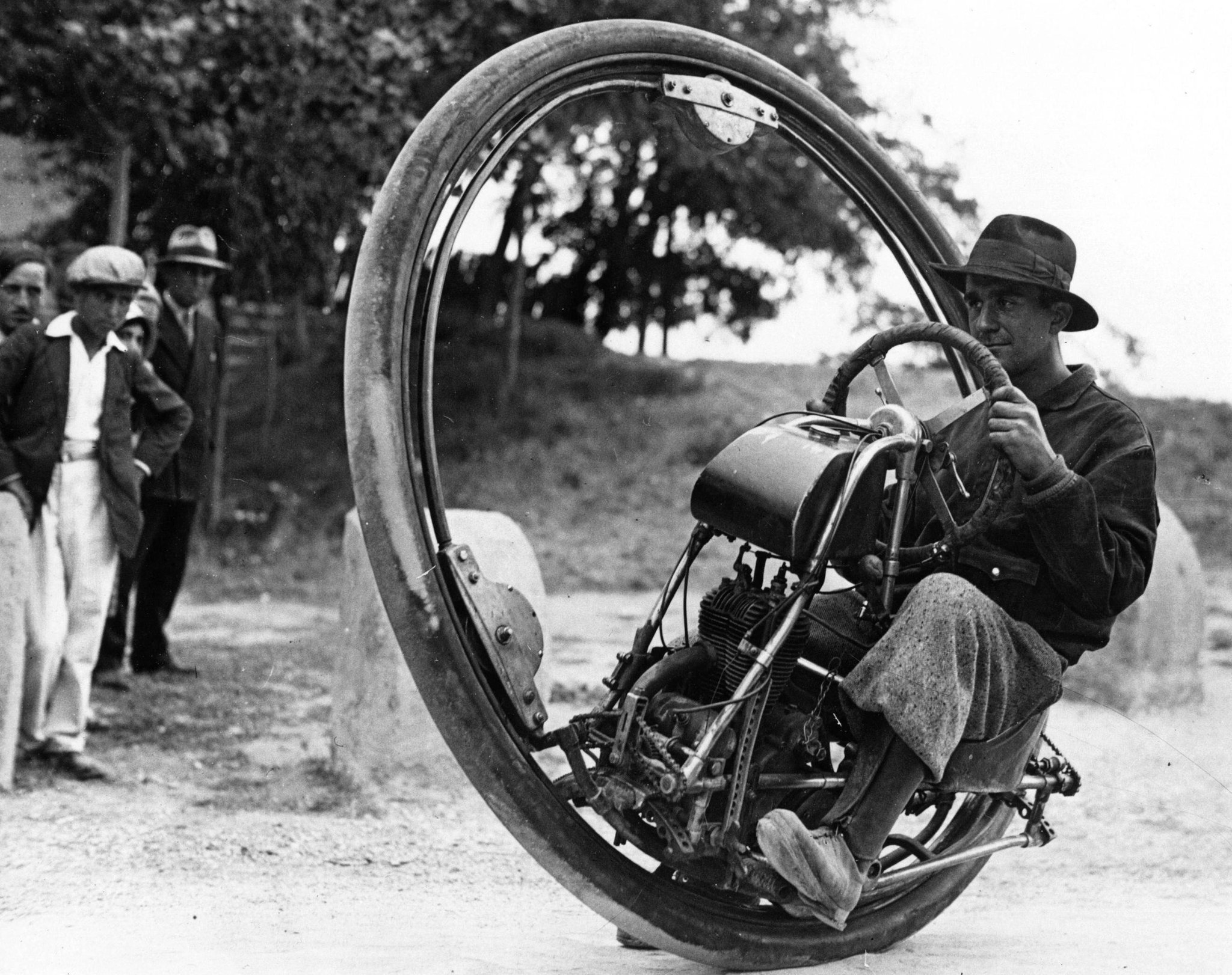 Photo of the day: Monocycle from the 1930's http://t.co/olNXm3617s