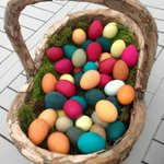 Doesn't this basket look fun and festive? http://t.co/euO1sBzMCc