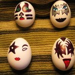 An #EasterKiss from me to you. Have a great day!!