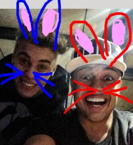 RT @AlfredoFlores: We did look like cats. Is this better? http://t.co/eTq4GwXHvM