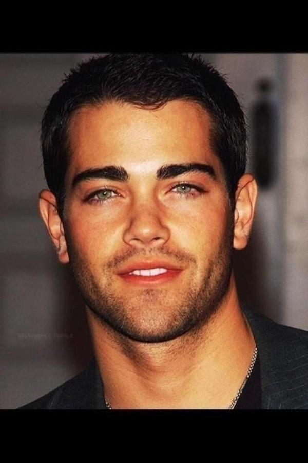 i don't think John Tucker should die anymore. http://t.co/u9IgOnmJQQ