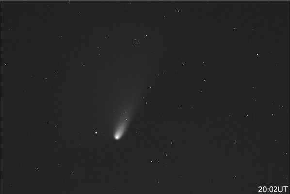 RT@DrBrianMay Comet PanStarrs , in NW after sunset, but elusive. My pal Jamie Cooper photographed it very nicely. http://t.co/Oqx5kzxFFQ