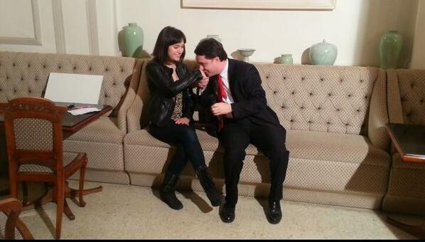 Andrea Diprè (@AndreaDipre): Il critico d'arte Andrea Diprè con l'artista internazionale Sasha Grey in un momento dolcestilnovistico. http://t.co/JabdQlqhrc