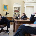 US President Barack Obama being briefed on #Boston #Marathon explosions (@whitehouse photo) http://t.co/GDLnJM86sb