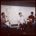 .@SanCiscoMusic w afternoon tunes at our Oakland office. Thnx for coming all the way from Australia! #PandoraAus http://t.co/Omz1i6t9XN