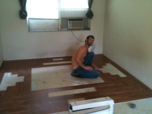 Joe Parker (@joeparkerxxx): @CJParkerX  CJ learning tile work. http://t.co/gk2983WJuX