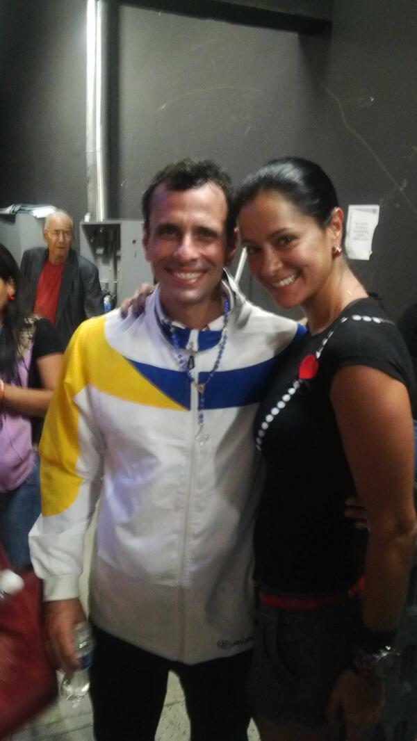 Norkys Batista (@Norkys_batista): FRANQUEZA, HUMILDAD, EDUCACION, PRINCIPIOS, MORAL pero sobre todo RESPETO es lo q transmite @hcapriles http://t.co/SPDj7wKC9h