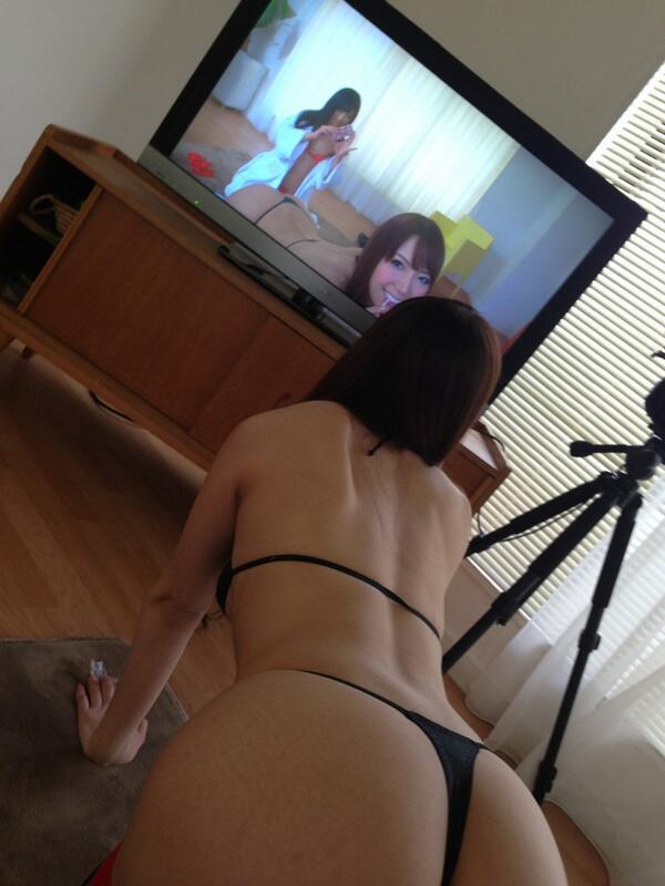 """いやーん♡ """"@hibiki0221: おしりドアップいただきっ(≧∇≦) http://t.co/5AQePDUkHt"""""""