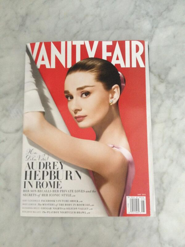 RT @DiannaAgron: @VanityFair. This is too much. One of the loveliest covers I ever did see. http://t.co/rZsNkDz9Yc
