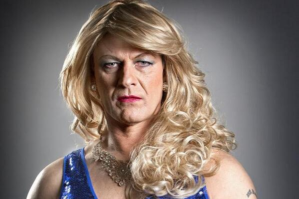 Ned Stark (Sean Bean) from Game of Thrones in drag. http://t.co/S0xHdCD73K