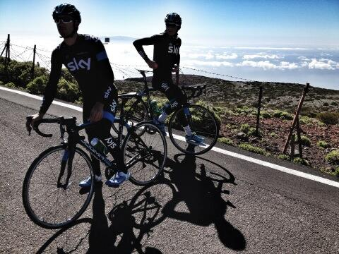 Big treat coming up in the next few days. @modcyclingphoto takes his talents to Tenerife. http://t.co/qqNjjkHLhQ http://t.co/6SuQcnr8Dr