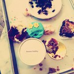 Unspeakable damage w/ @MamaDePandi and @gailrancic in Chicago @MagnoliaBakery. #worthit #beyond http://t.co/TGiyePi8rl