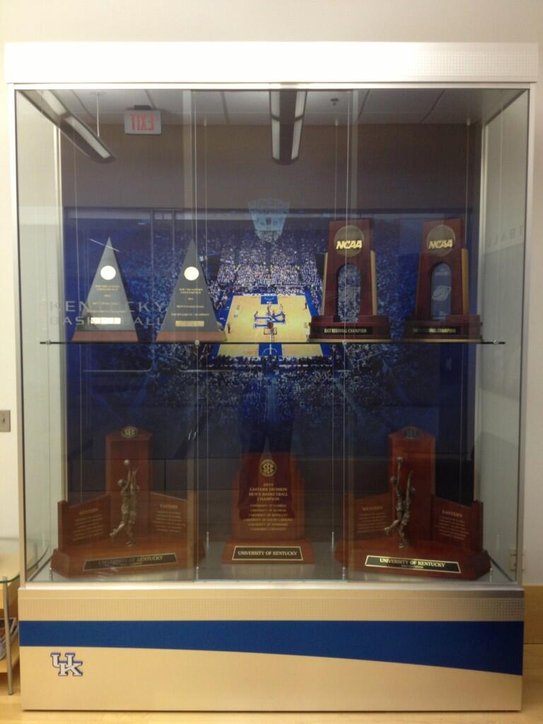 Kentucky Basketball Had An Arrival To The Office Today A New Trophy Case Came In Hopefully Just Time For Some Hardware Next Season