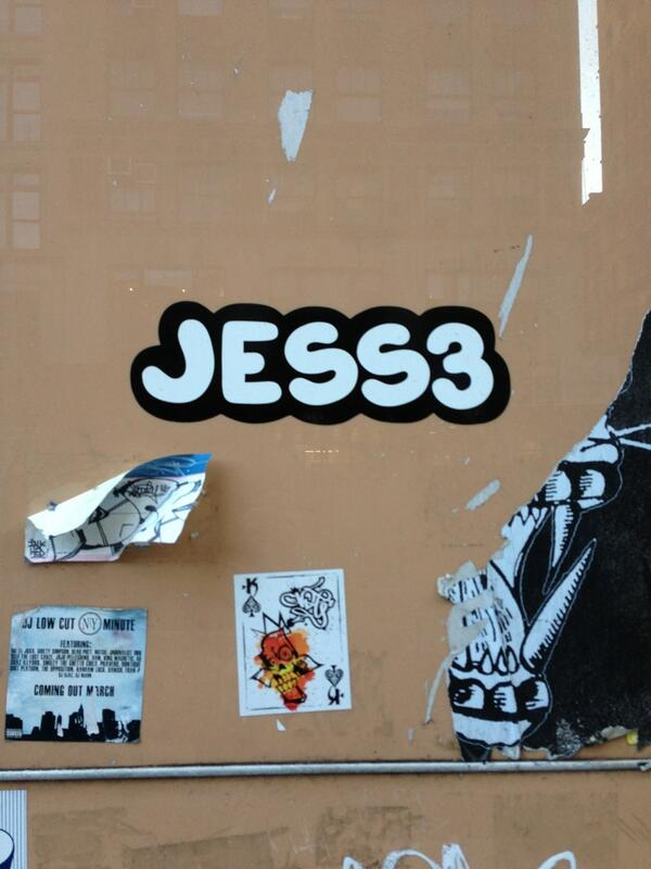 Nice spotted @jess3 in Tribeca! http://t.co/vihWROJ3Jb