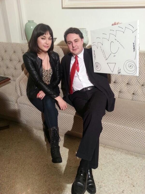 Andrea Diprè (@AndreaDipre): Il critico Andrea Diprè con Sasha Grey e l'opera da lei realizzata per il Diprè Museum! http://t.co/lhUk2qan4f