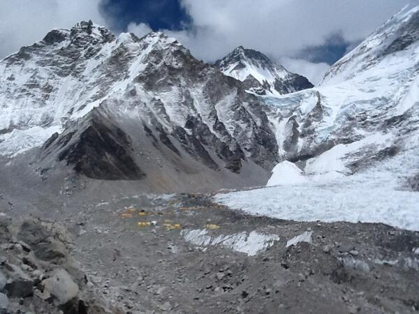 Magnificent view of Base Camp from a distance, with the Khumbu icefall on the right. #SAConEverest http://t.co/y3Xy3kKxdO