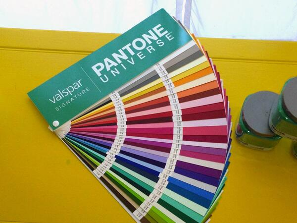 Coming in May to a Lowe's Store near you-Valspar PANTONE UNIVERSE Paint Collection for your home! #PantoneValspar http://t.co/oh0lc0RKl5