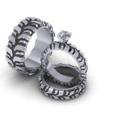 Mud truck tire wedding rings. http://t.co/scDZB5GehO - 2013-04-27 23