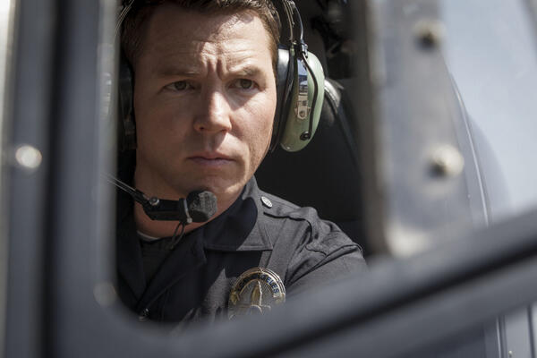 Clear your schedules, season finale of #Southland is TONIGHT at 10/9c! RT if you'll be tuning in! http://t.co/3w1qo5IhAB