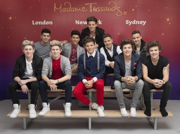 RT @karloh: One Direction waxworks are insane! I can't work out which Niall is real... http://t.co/2dskWBodjl