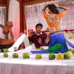 A Pic from Action 3D, in which Allari Naresh shows off his banthi aata skills...hehe :D -->