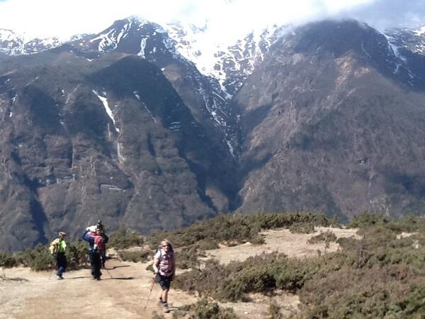 #SAConEverest On our acclimatization day in Namche with with cold winds coming off the snow covered peaks around us. http://t.co/I06wCdNIBE
