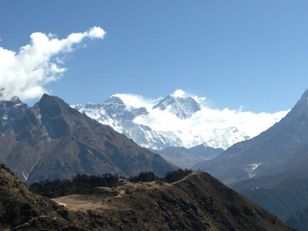 "#SAConEverest What an intimidating, inspiring and stunning view. ""Even the rocks will cry out..."" http://t.co/hd8wuMFx9u"