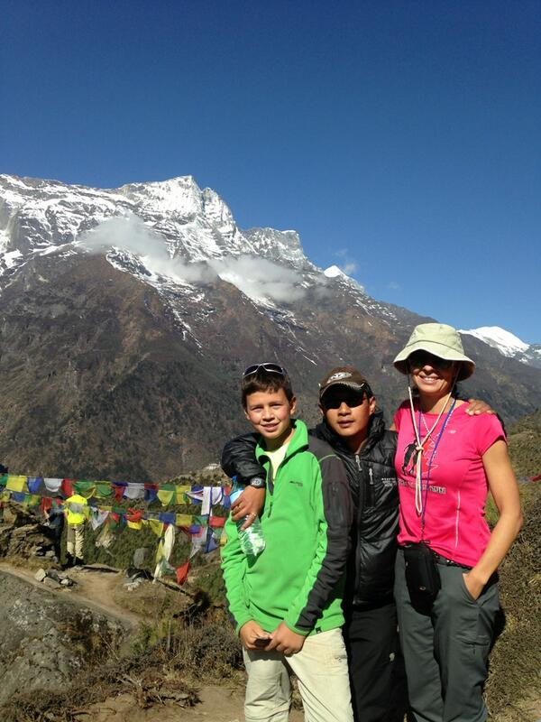 #SAConEverest Anri, Rory and Deven - our guide. Konde peak in the background http://t.co/3006iRU6Wv