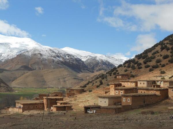 Excellent trekking in Aït Bouguemez, Morocco... http://t.co/PEqVVqsGnT
