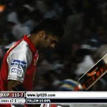 RT @Bhavika1012: @harbhajan_singh MS Goni with a bhajji bat haha