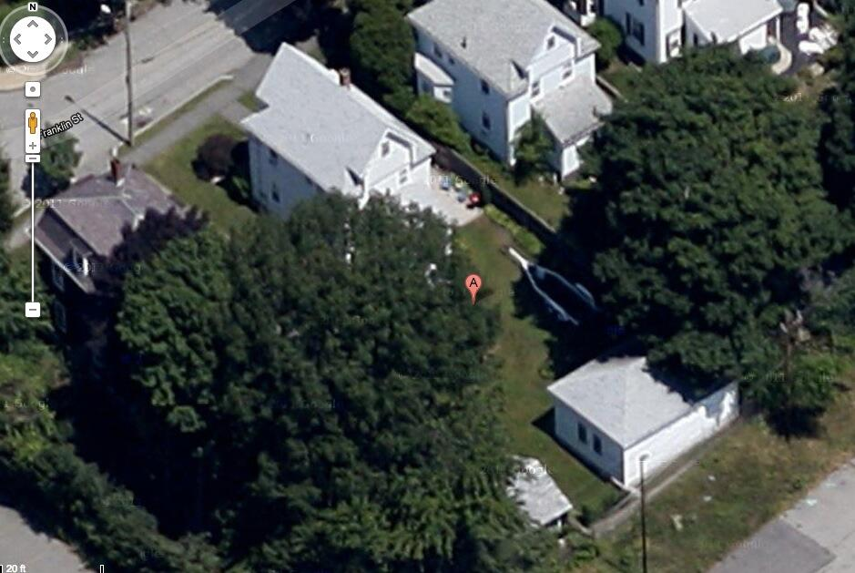 @Google map image shows backyard of 67 Franklin Street in #Watertown, MA where reports of body found in boat. http://t.co/CdY2gLSqnA