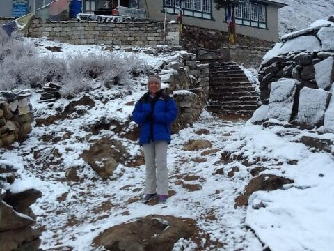 Our first snow! Gustav's prayers have been answered. #saconeverest http://t.co/pItsUXFPbP