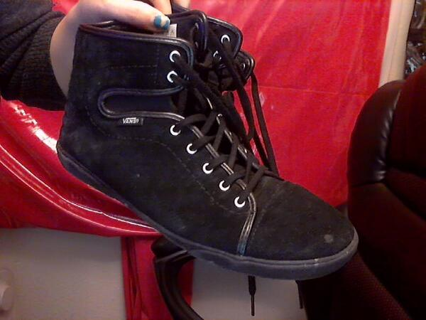 new black suede hightop Vans too. Yay! They were cleaner when I got them, but I've been stomping around