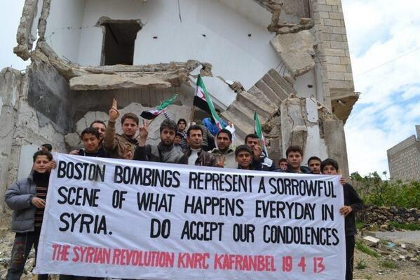 ClaudiaBeatriz (@Clanover): Esta es de las fotos más poderosas que he visto últimamente. #prayforboston #prayforsyria http://t.co/2laFLNdnhG