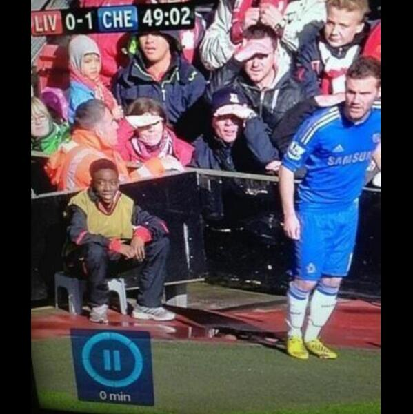 What's Welbz doing at Anfield?! Thanks Fletch for the heads up! http://t.co/spWc0XMDsa