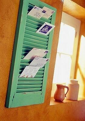 #Repurpose Idea of the Week: Use a #salvaged window shutter as a letter, photo, or card holder. http://t.co/jyFYdPuKBB