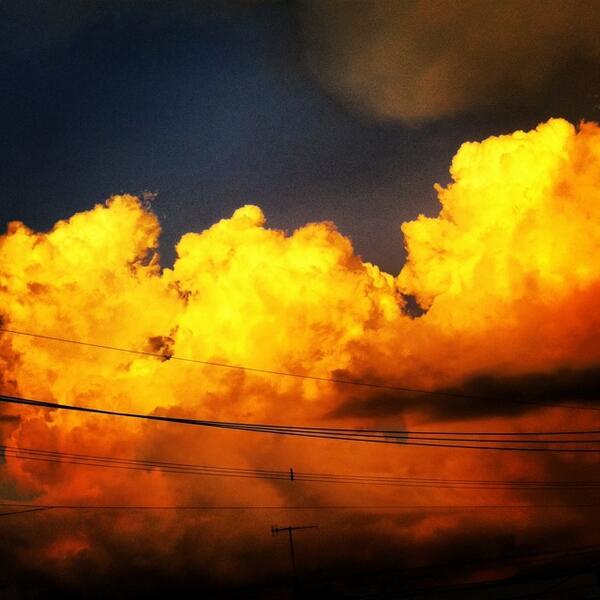 夕空。 #写真撮ってる人と繋がりたい http://t.co/Y8DFbqxWik