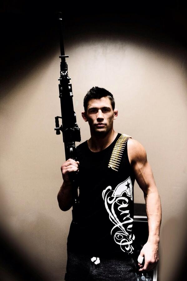 Dominick Cruz (@TheDomin8r): Prepped n ready for the zombie apocalypse!! #Family1st http://t.co/SZYEY2xCE6