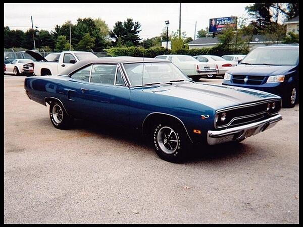 #Detroit Muscle: 70 #Plymouth Road Runner #AmericanMuscle #MuscleCars #DetroitPride http://t.co/vEjIRTwccC