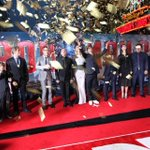 I love this final photo of the #IronMan3 cast & crew celebrating at #ironman3live: