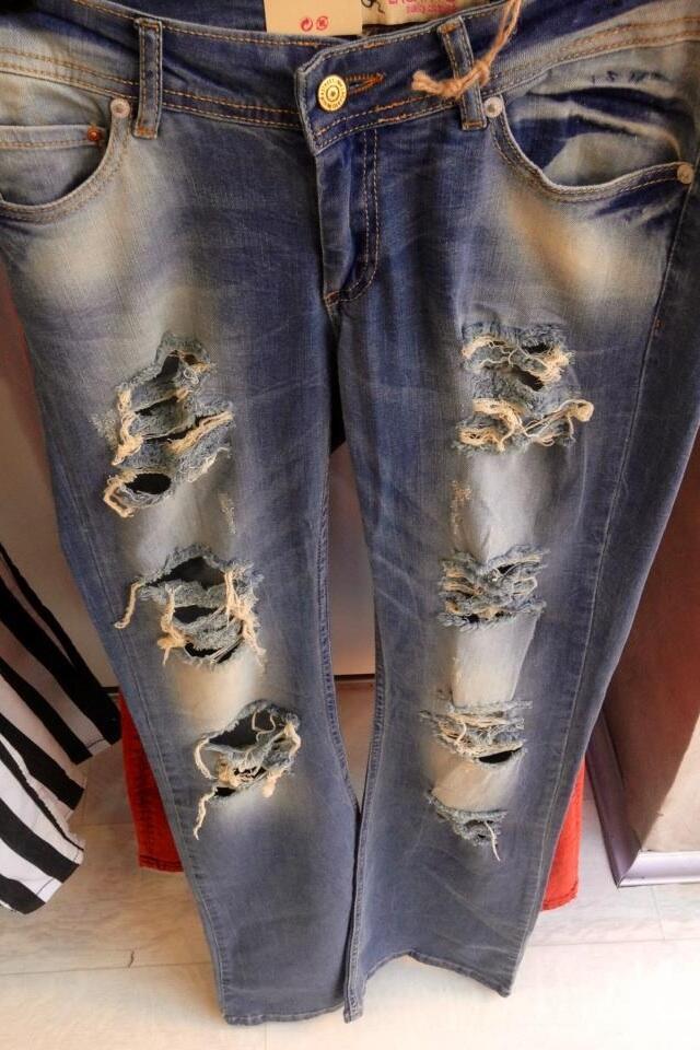 Bu yilin modasi yirtik kotlar #zeuslady magazasinda #Pendik #GüzellikDediğin #moda #Trends http://t.co/eeUhOZFJmv