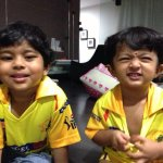 Kutti Kiru nd Kutti Sendhu cheerin for our #CSK!