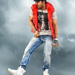 Check out latest pics of Allu Arjun's #Iddarammayilatho http://t.co/15ATwr5bKa