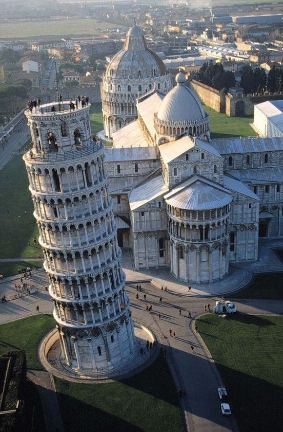 Pisa, Italia. http://t.co/skJ8pQ08sw