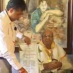 RT @moviesndtv: Pran receives his Dadasaheb Phalke award at home http://t.co/uYO4fqek6z