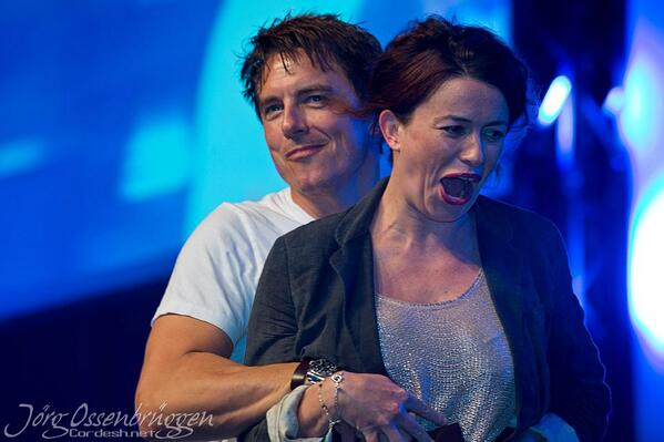 RT @HThorrington: John Barrowman and Eve Myles at #FedCon yesterday.. They are both mad! http://t.co/Ve3bP25BkW