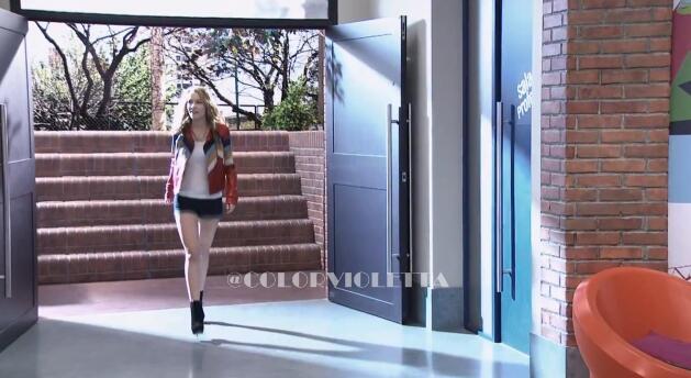 #BridgitEnVioletta: ?Cuando est?entrando! ?Lo pueden creer? http://t.co/myu2KL8Bb7