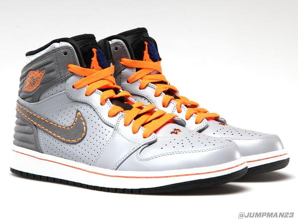Dropping Saturday, our Air Jordan 1 Retro '93 sets the stage for two other drops in the next month: http://t.co/LNY9SPqbey