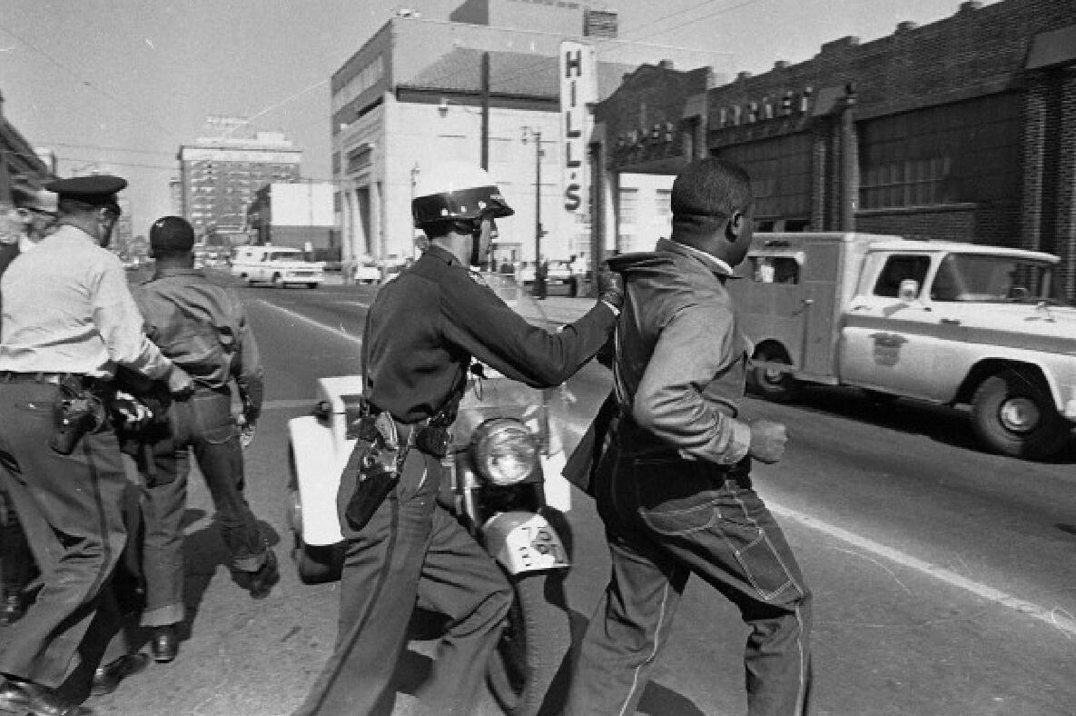 RT @Penny_G: Never forget~>RT @JeffersonObama: Heroes:MLK & Ralph Abernathy n Birmingham Civil Rts Campaign http://t.co/0UcMPCYf3Y http://t.co/pEG3VESQcw